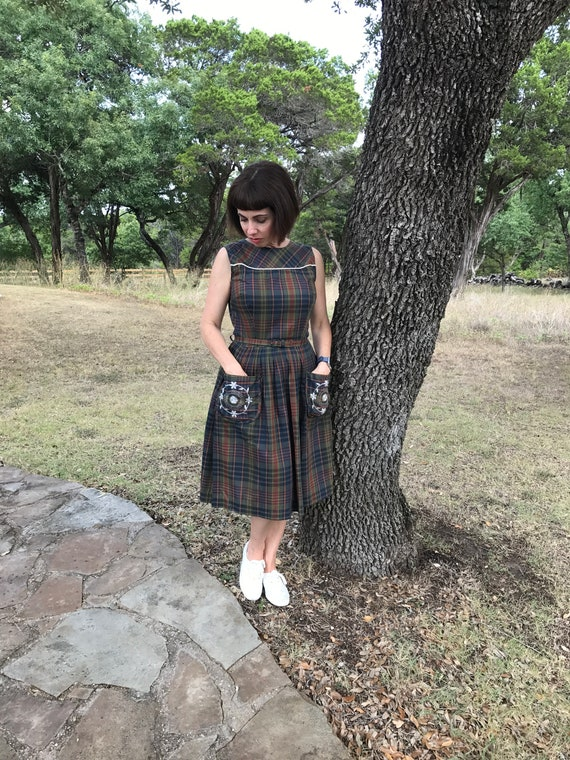 Plaid 60s fit and flare preppy dress-Small
