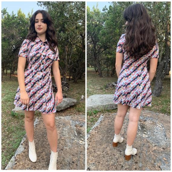 Flirty 70s dagger collar mini dress-Small