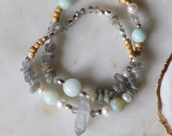 Women's Bracelet Stack Set, Layering Stretch Jewelry, Crystal and Aventurine, Beachy set, Friendship Bracelet, Handmade Boho Jewelry, Surfer