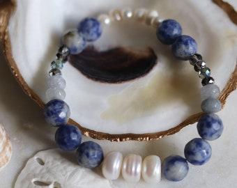 Women's Beaded Stretch Bracelet, Blue Beach Wear Jewelry, Pearl Bracelet, Beachy Surf Girl Gift, Gemstone Stacking June Birthday Gift Agate