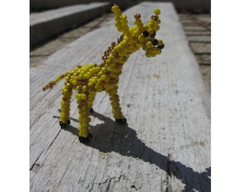 Miniature giraffe seed beads and copper wire