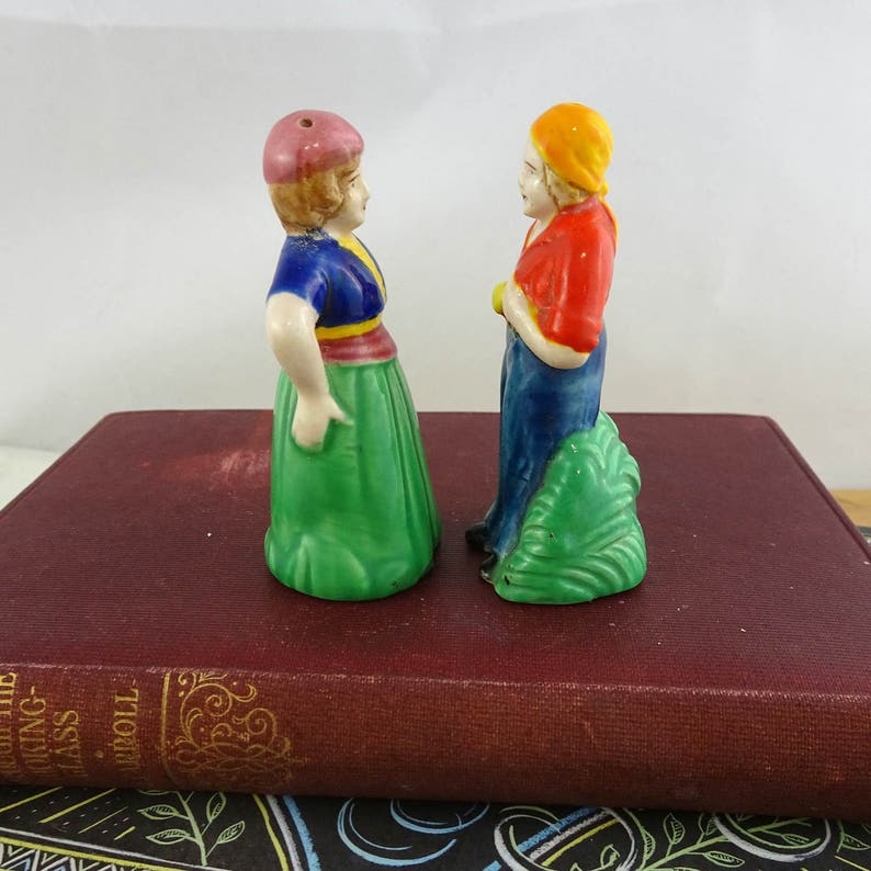 Vintage Man /& Woman Gypsy Couple Salt and Pepper Shakers Made in Japan Cute Decor Small Mid Century Ceramic Set