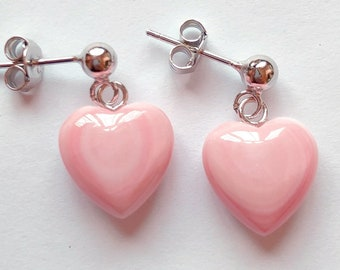 Pink Queen Conch 12 mm Heart Drops with 925 Sterling Silver Post Stud Earrings One Pair C3291