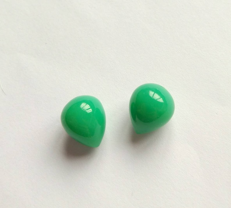 Jade Green Chalcedony Upside Down Half Drilled Acorn Inverted Drops 10x12 mm One Pair F7394