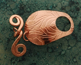 Art Nouveau copper toggle clasp - Iris leaves - flower pattern - handmade