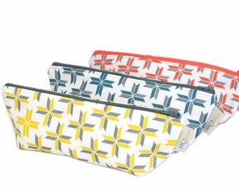 Triangle Zipper Pouch - Auseklis Print