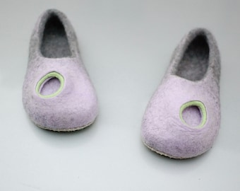 Natural wool felt slippers for women, Light violet slippers with circle hole decor, Felted slippers for her, Natural gray wool slippers