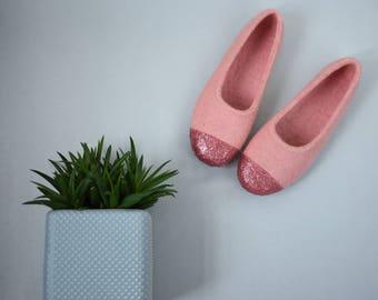 Pink felt house shoes for women Glitter ballet flats Rose copper decoration Felted wool women slipper Moving in gift for her