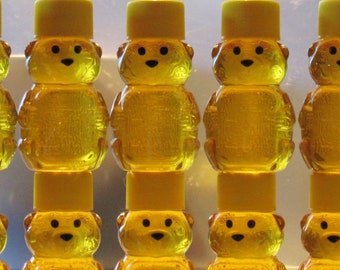 Fall Wedding Favors - 100 Adorable 2 oz. Honey Bear Treats for Your Wedding Guests from Lee the Beekeeper