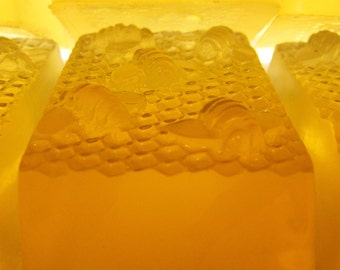 FIVE Pack Honey Soap Delicious Fragrance Moisturizing from Lee the Beekeeper