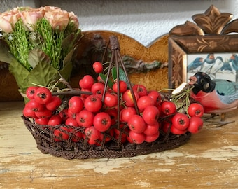 Handsome Little Woven Wire Basket-A Country Look