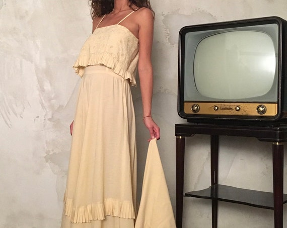 Romantic Vintage Maxi Dress - Woman Ivory Slip Long Dress