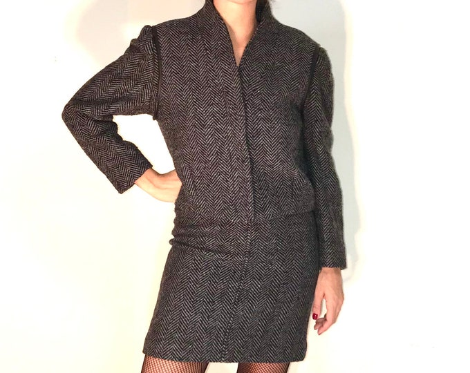 Vintage Wool Woman Suit - 80's Vintage Suit For Her - Vintage Woman Mini Skirt & Bolero Suit - Preppy Vintage Suit