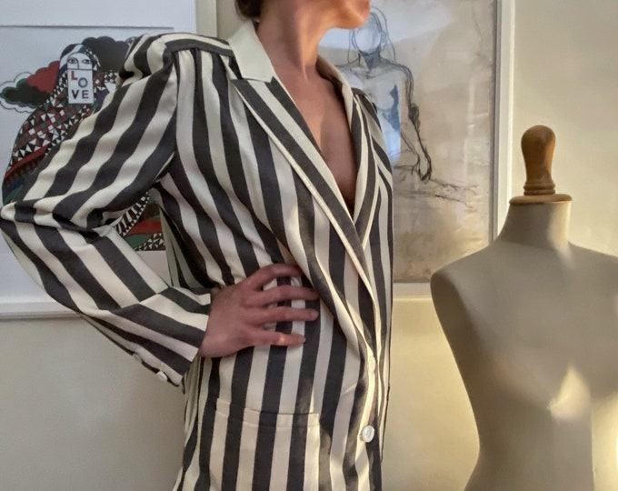 Valentino Vintage Woman Blazer - 80's Valentino Blazer For Her