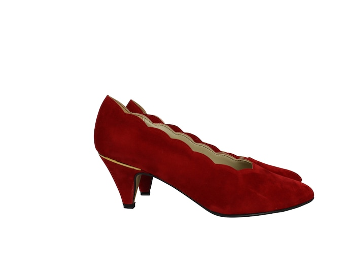 Vintage Red Suede Decollete shoes for Her - Lady Fashion Shoes Vintage - Vintage Lady's Shoes from 80s