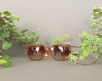 VALENTINO Vintage Sunglasses for Her - Valentino 80s Vintage Accessory for Her