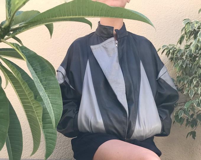 Vintage leather bomber jacket / 80s Vintage leather jacket / Vintage bicolor leather bomber