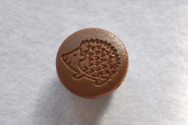 50 sets KAM snaps Engraved hedgehog D303
