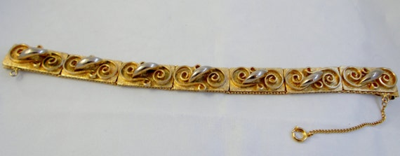 Vintage 1950's Gold Mesh Two Tone Brushed  Swirl B