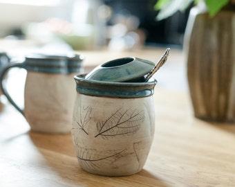 Sugar Bowl with lid - Blue cream and sugar