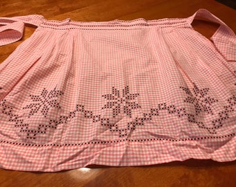 Apron, Vintage 1960's Pink Gingham kitchen Apron with a cross stitch design by MarlenesAttic