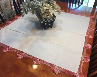 Vintage White Kitchen tablecloth with a pink crochet border, retro tablecloth, linen for card table by MarlenesAttic