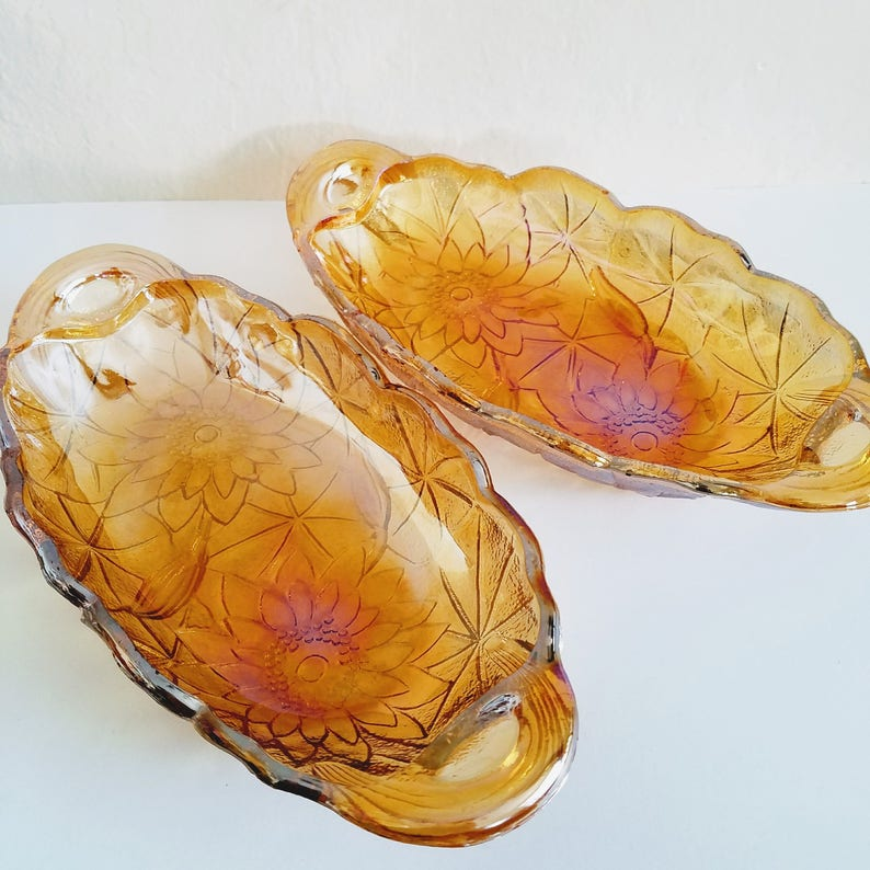Collectible Carnival Glass Dish Carnival Glass Plate image 0