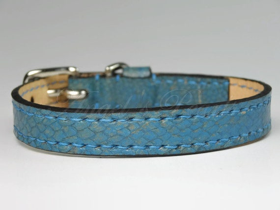 Pink Fish Leather Luxury Dog Collar Neck 21 to 26 cm OANA Veg Tanned Hand Sewn
