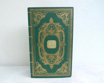 Timeless Guest Books made from old French books, Vintage Keepsake Journal, Wedding Gift Idea for Francophiles and Book Lovers