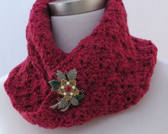Hand crochet mobius cowl in red
