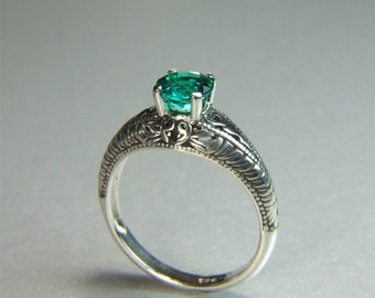 Hydrothermal Emerald (Synthetic Emerald), 6mm x 0.75 carats, Round Cut, Sterling Silver Ring