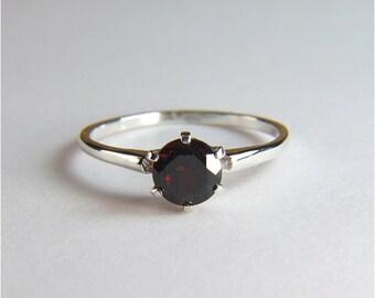Garnet (Rare 'Pyrope' Garnet), Round Cut, 6mm x 1.05 carats, Sterling Silver Ring