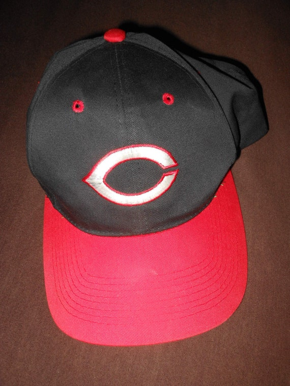 Cincinnati Reds vintage 80s  snapback black & red