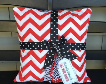 REALTOR gift Real Estate present thank you idea PILLOW cover NEW Red and Black
