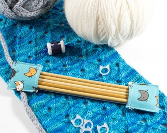 Scattered Cats on Blue DPN Holder   Double Pointed Needle Holder