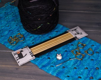 """Halloween Costumed Cats   Tools for Knitters   4"""", 5"""", 6"""", 7"""", 8"""", 9""""   Available in Regular and Wide"""
