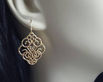 Gold Filigree Earrings Small Filigree Earrings Light Filigree Earrings Antique Style Earrings Filigree Earrings Gold Earrings Lace Earrings