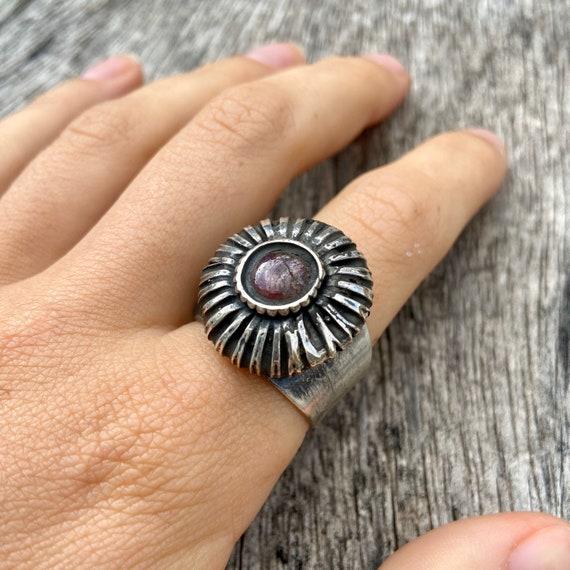 Vintage silver ring, ruby ring, hindu ring - image 6