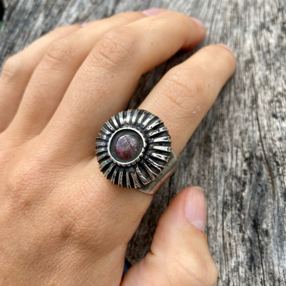 Vintage silver ring, ruby ring, hindu ring - image 2