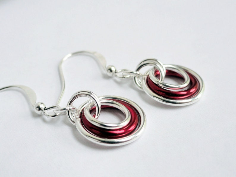 red chainmaille illusion earrings red ring earrings aluminum earrings Chainmaille earrings floating earrings graduating hoops