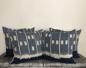 The \u2022Ozzy\u2022 vintage african baule/' cloth 18-19 pillow cover
