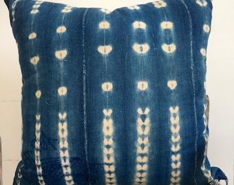 Embroidered Vintage Tye Dye Indigo pillow,African Geometric Indigo Mud Cloth Pillow,Ethnic Mudcloth textile,Hand dye,22x22,African Indigo