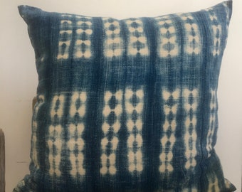 Tye Dye Indigo pillow,African Geometric Indigo Mud Cloth Pillow,African Ethnic Mudcloth textile,Hand dye,19x19,African Blue Indigo,coussin