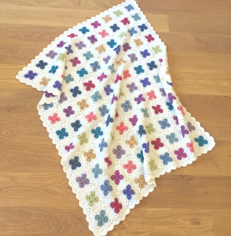 UK Terms  Fleur Crochet Blanket pattern image 1