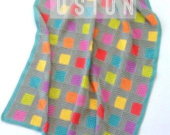 Illusion UK terms PDF crochet pattern