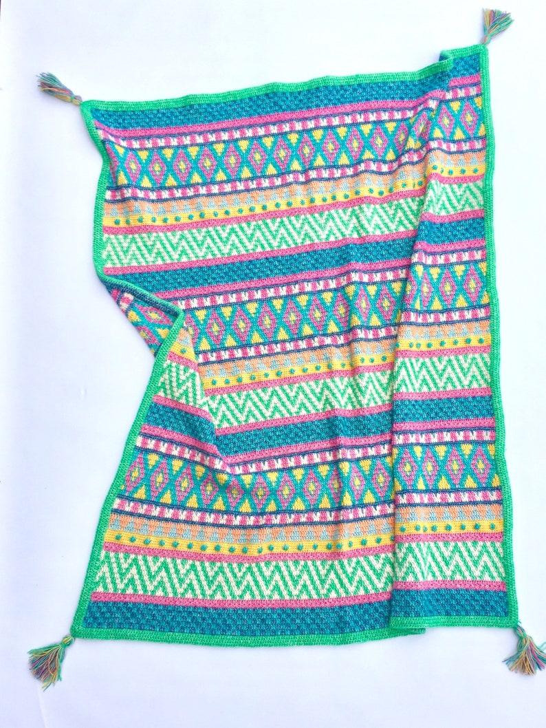 Vivo Throw  UK Terms  Tapestry Crochet Pattern image 0