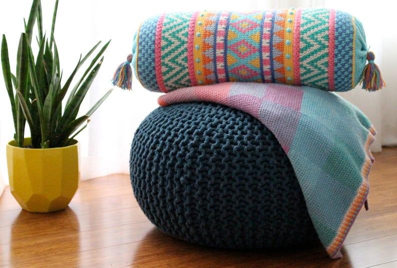 US Terms Vivo: Tapestry Crochet Cushion pattern image 0
