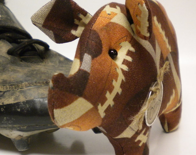 Football Pig - Made To Order | Sports Collectibles | Fall Decor | Primitive Pigs