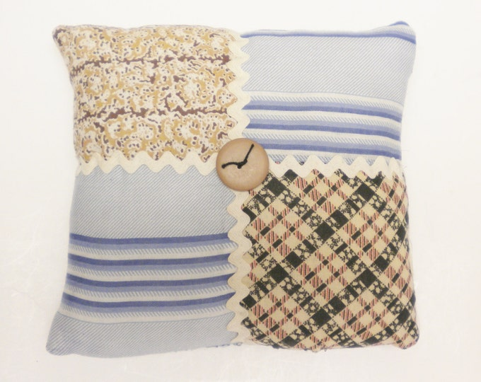 Vintage Quilt Block Mini Pillows   Handmade Pillows   Accent Pillows