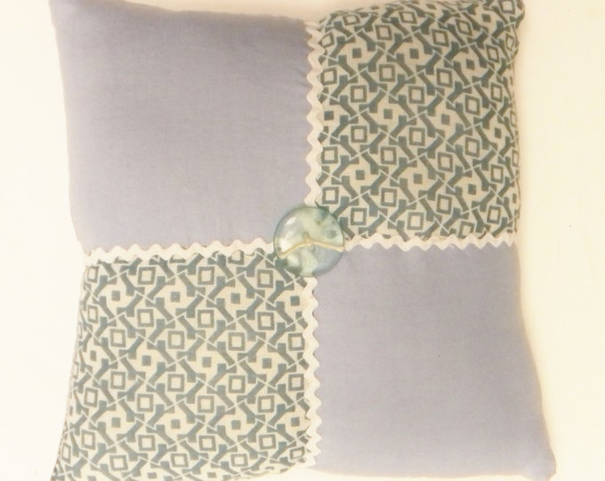 Vintage Quilt Block Accent Pillow | Primitive Mini Pillows | Country Farmhouse Accent Pillows